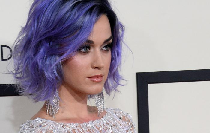 Katy-Perry-solemn-in-Grammys-anthem-for-domestic-violence-survivors